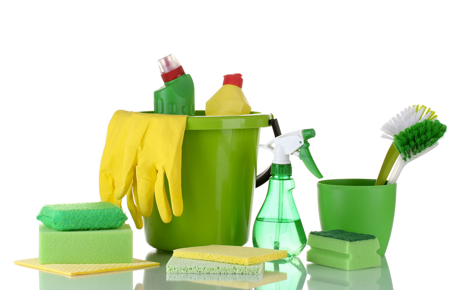 Cleaning-products-set