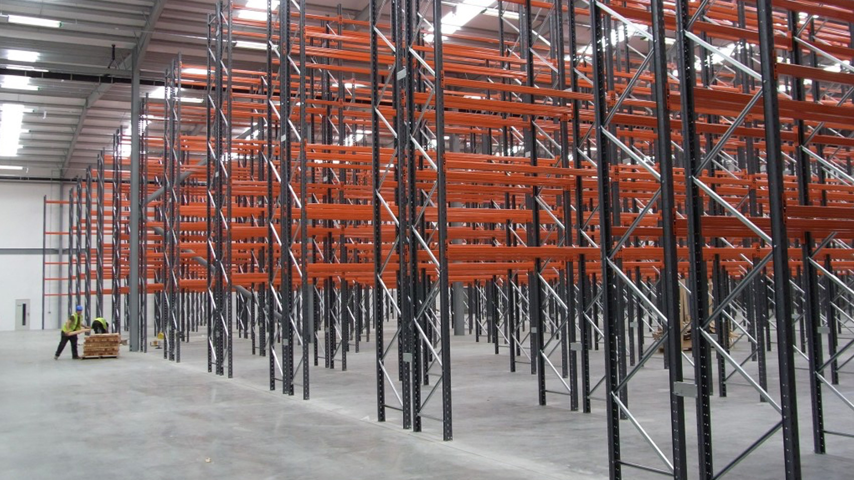 How to Choose Pallet Racking Structures for Your Warehouse